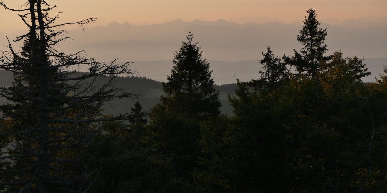 «Sur nos monts quand le soleil …»