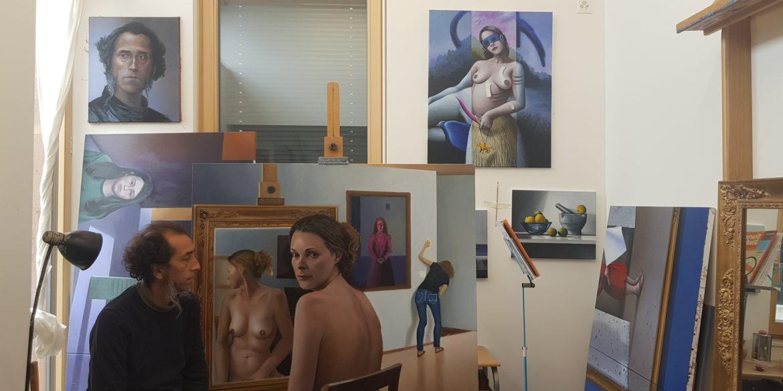 Rafael Barria dans son atelier à Premier